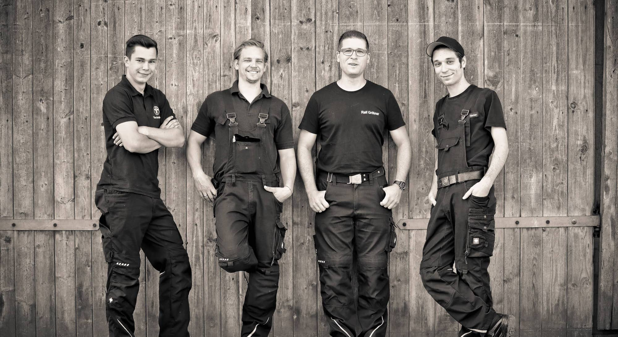 Timo Schädlich, Viktor Rauh, Ralf Gröbner und Jan Gröbner vom Schornsteinfegerbetrieb Ralf Gröbner